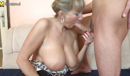 La maman aux gros seins Darla Crane prend la film porno arabie BBC devant son fils