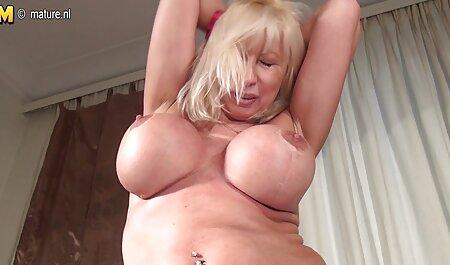 Je vais porno arabe tunisienne montrer mon corps pendant que vous branlez votre bite