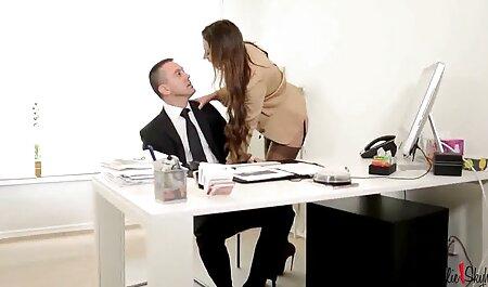 Hot site porno gratuit arab Babe se fait baiser en position de levrette et de cow-girl