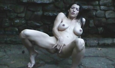Putita en la film complet porno arab ducha