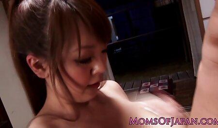 VANGOREN Sexy Blonde Milf s'amuse avec 2 grosses video porno arab jeunes bites