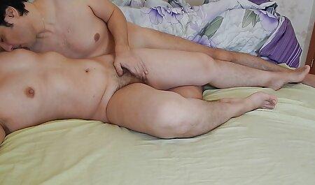 Brunette vedio arab porno MILF enculé gorge bite dure pour un soin du visage