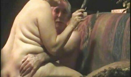 Sexy, gros seins, blonde baisée avec une énorme bite arab porno 2017