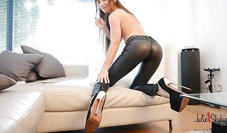La fille exotique Sophie Fiore prend la BBC xxxl arab porno au fond de sa chatte