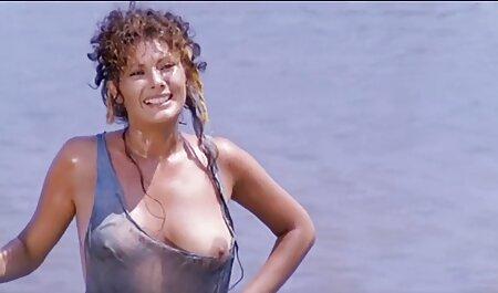 Emprunter un gros gode à des porno movie arabe amis
