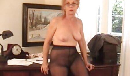 Sheena Ryder aime le sexe film porno des arabes passionné en bas