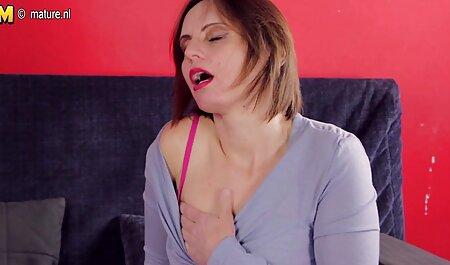 Kristina Rose porno langue arabe sexe interracial dans un gloryhole