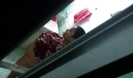 Fouetté par le garde-bottes d'équitation. Vidéo complète. video porno gratuit arab